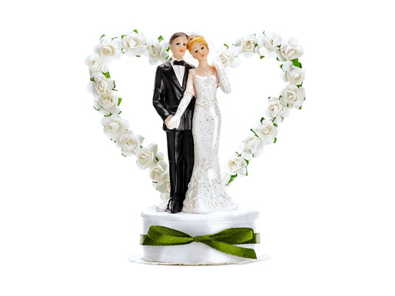 Brautpaar mit Herz weiße Rosen