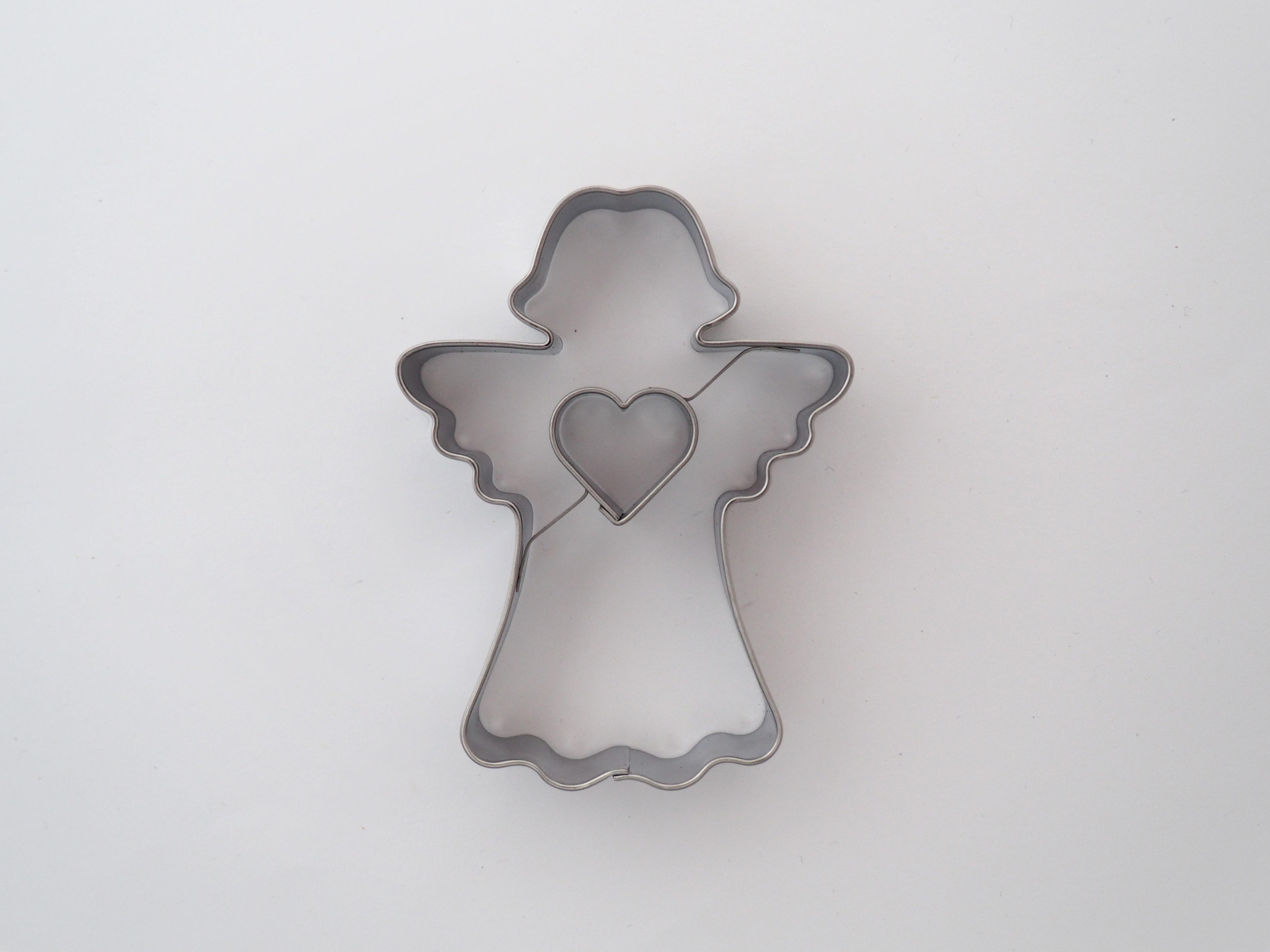 Ausstecher Engel Christkind mit Herz 7,5 cm