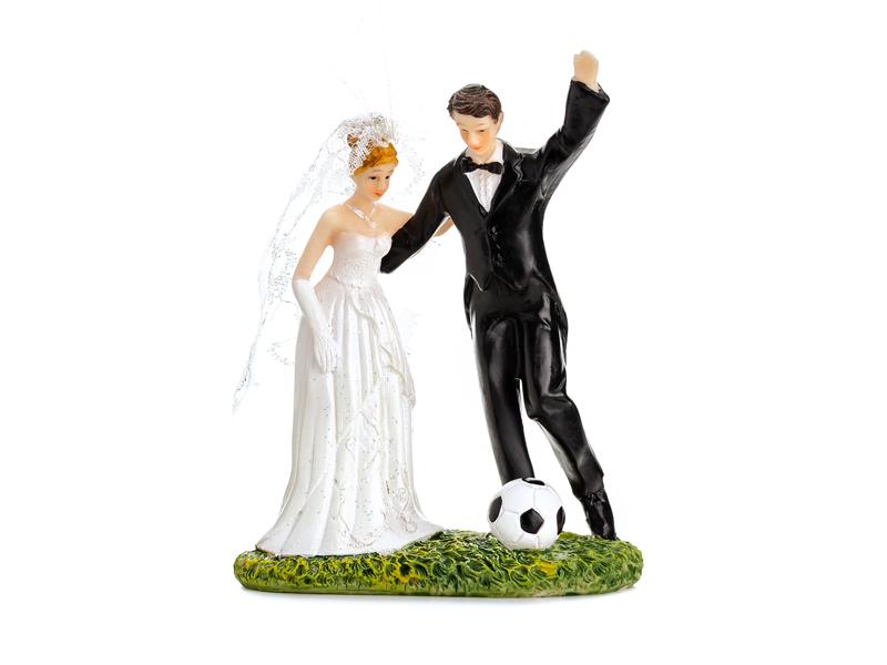 Brautpaar mit Fußball