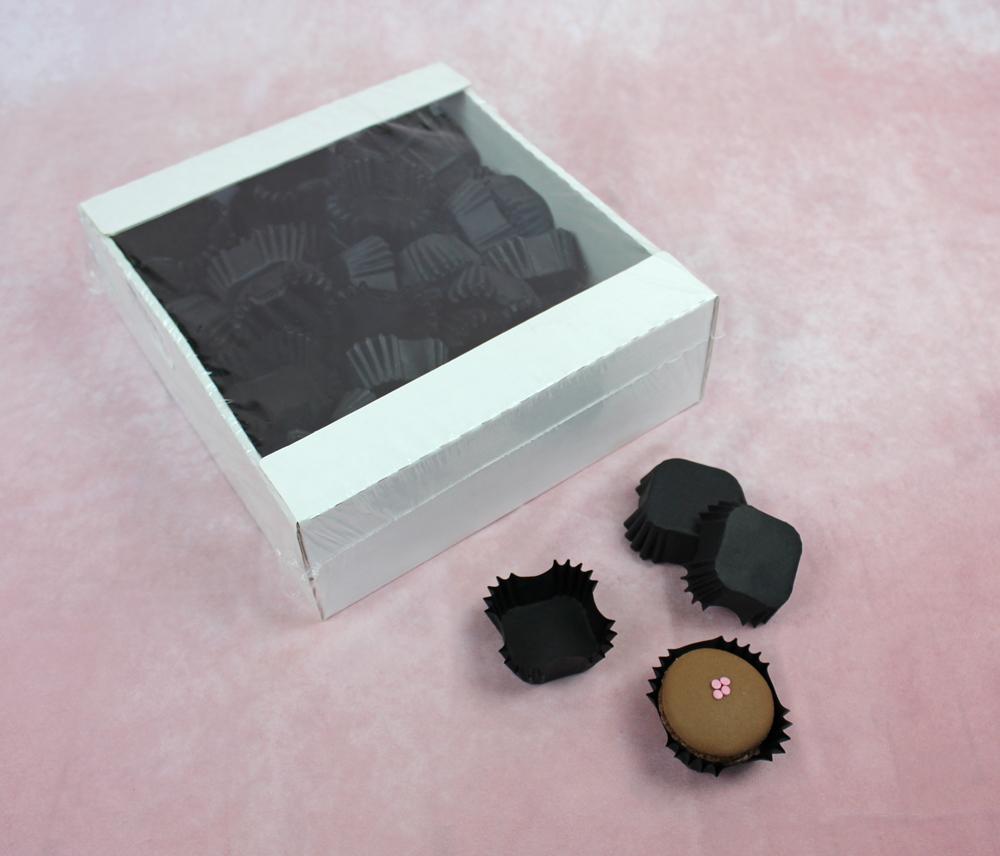 Papier-Backförmchen schwarz quadratisch 6 x 6 cm