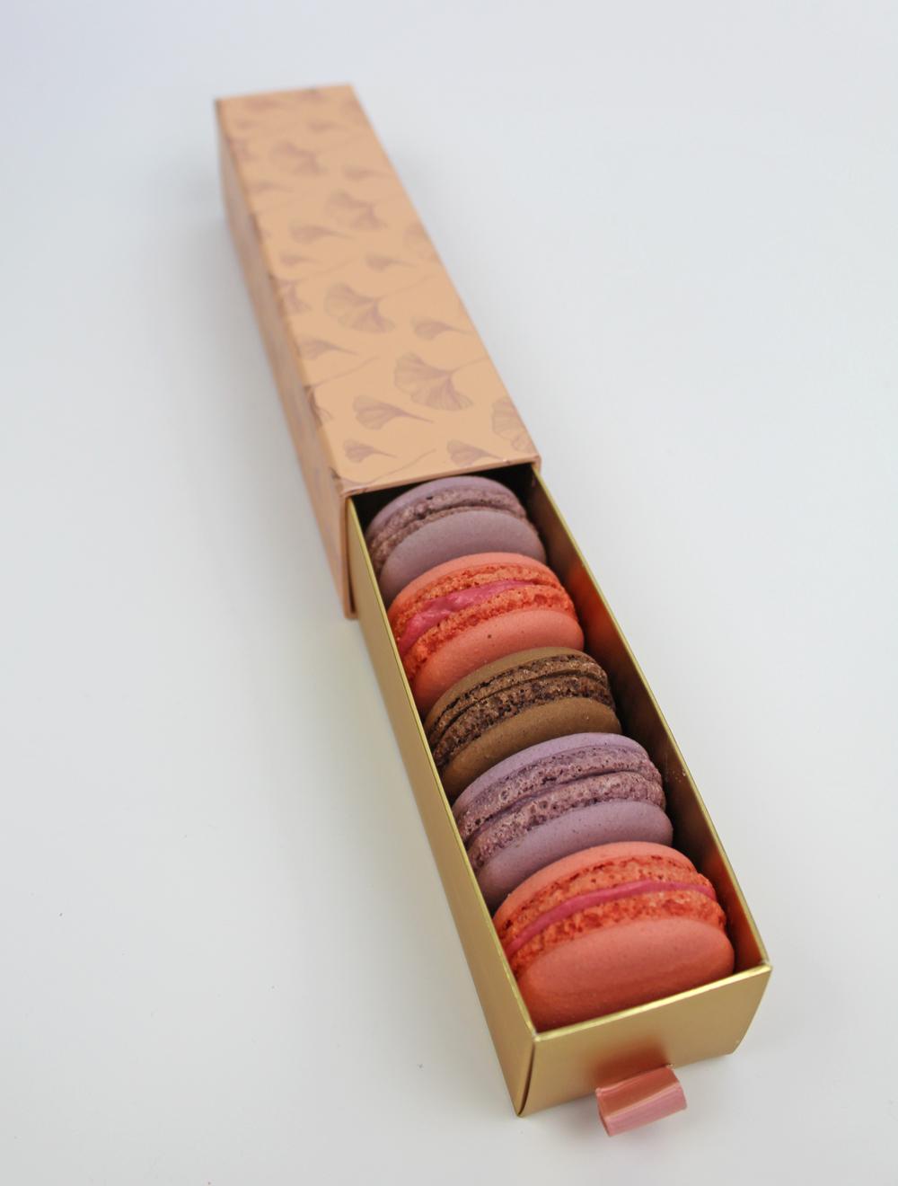 Macarons Schachtel mit Schiebeeinsatz apricot gemustert